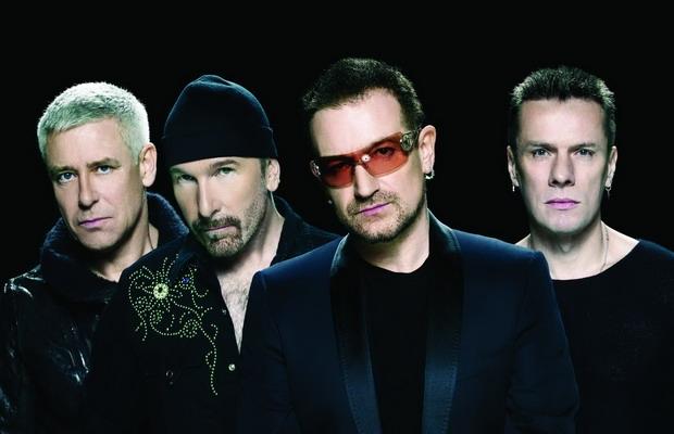 U2 Stadium Band Posing