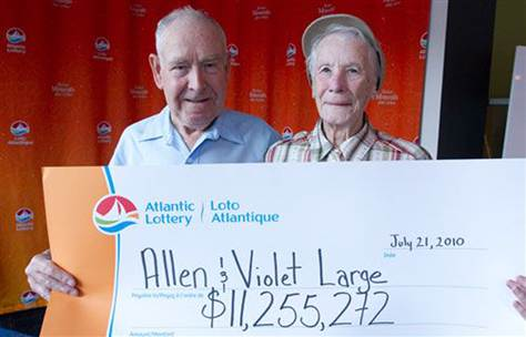 Allen and Violet Large with their lottery check